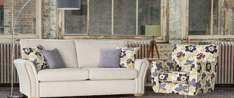 Fall into a New Sofa at Craig's This week, Mr Craig has a Deal waiting for you!